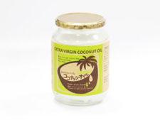 ビンへのココナッツオイル充填
